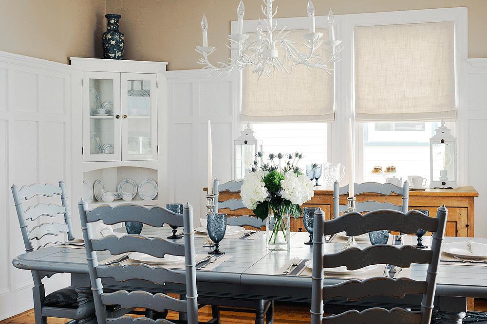 Dining Room | Newport Inns of Rhode Island