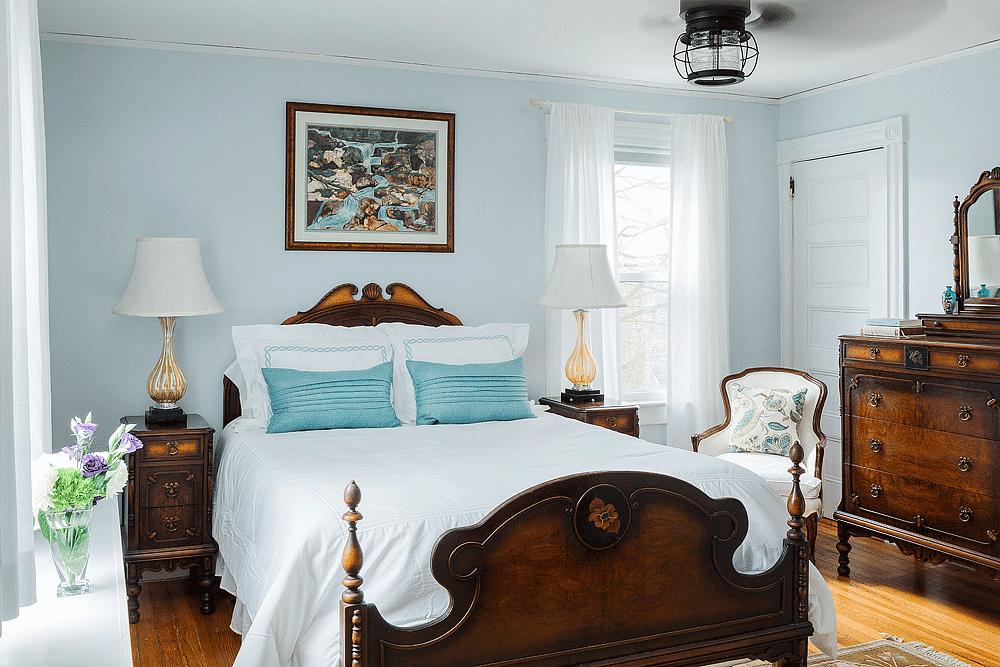 The East Ferry Room | Newport Inns of Rhode Island