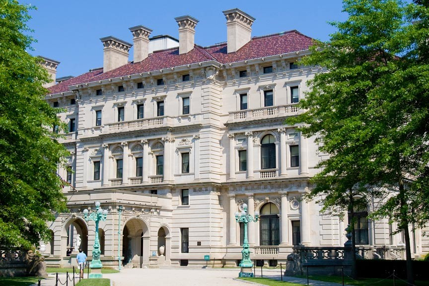 Discover the Unusual on a Beneath The Breakers Mansion Tour