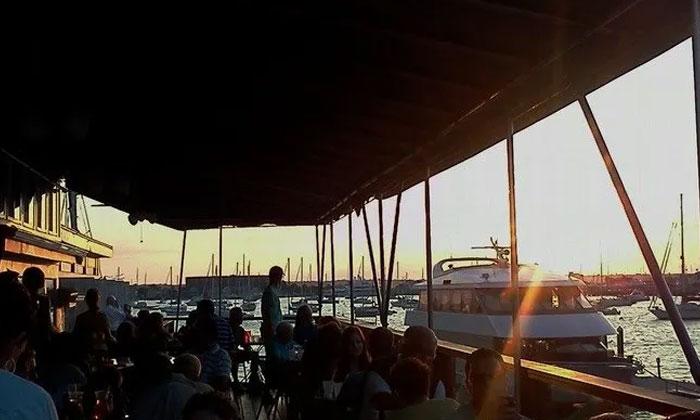 Black Pearl Restaurant   Newport Inns of Rhode Island