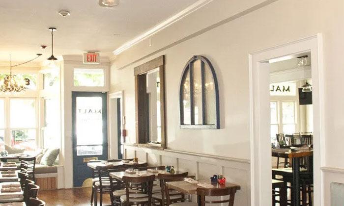 Malt Restaurant   Newport Inns of Rhode Island