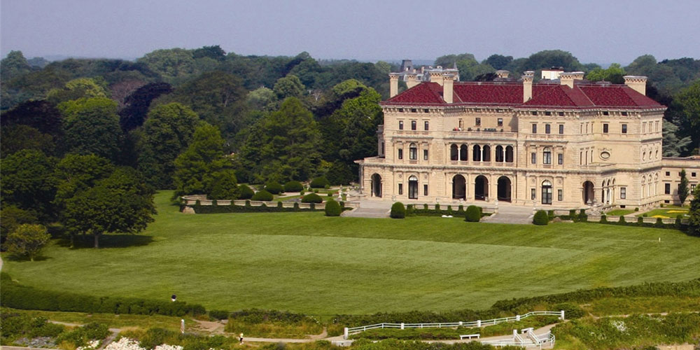 Newport Mansion   Newport Inns of Rhode Island