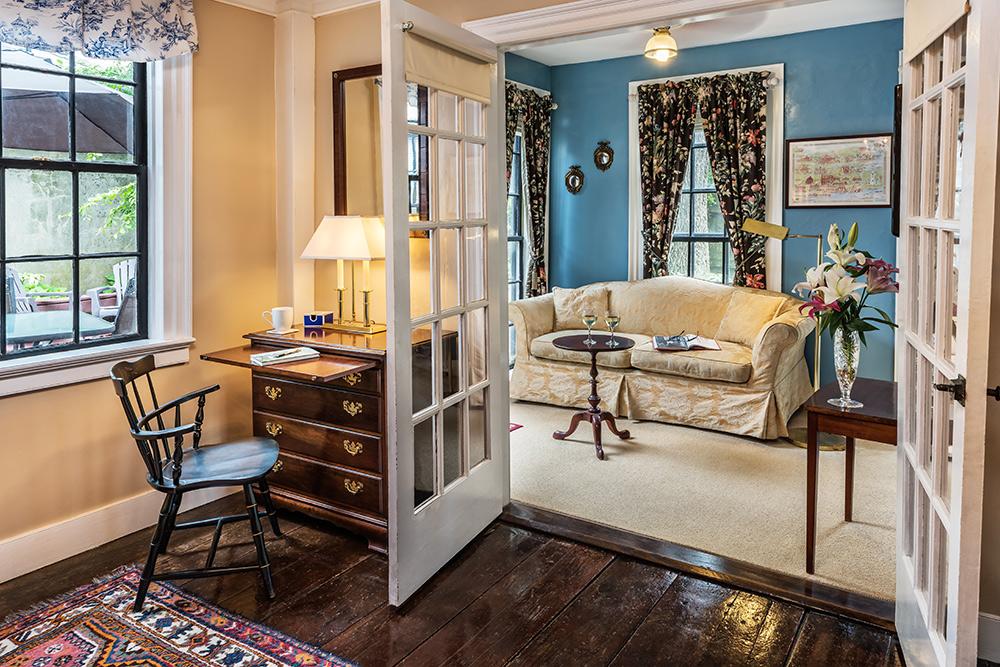 Harrison Suite | Newport Inns of Rhode Island