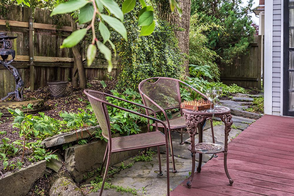 Samuel Durfee House-Harrison Suite private deck | Newport Inns of Rhode Island