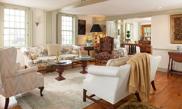Simeon Potter Living Room | Newport Inns of Rhode Island