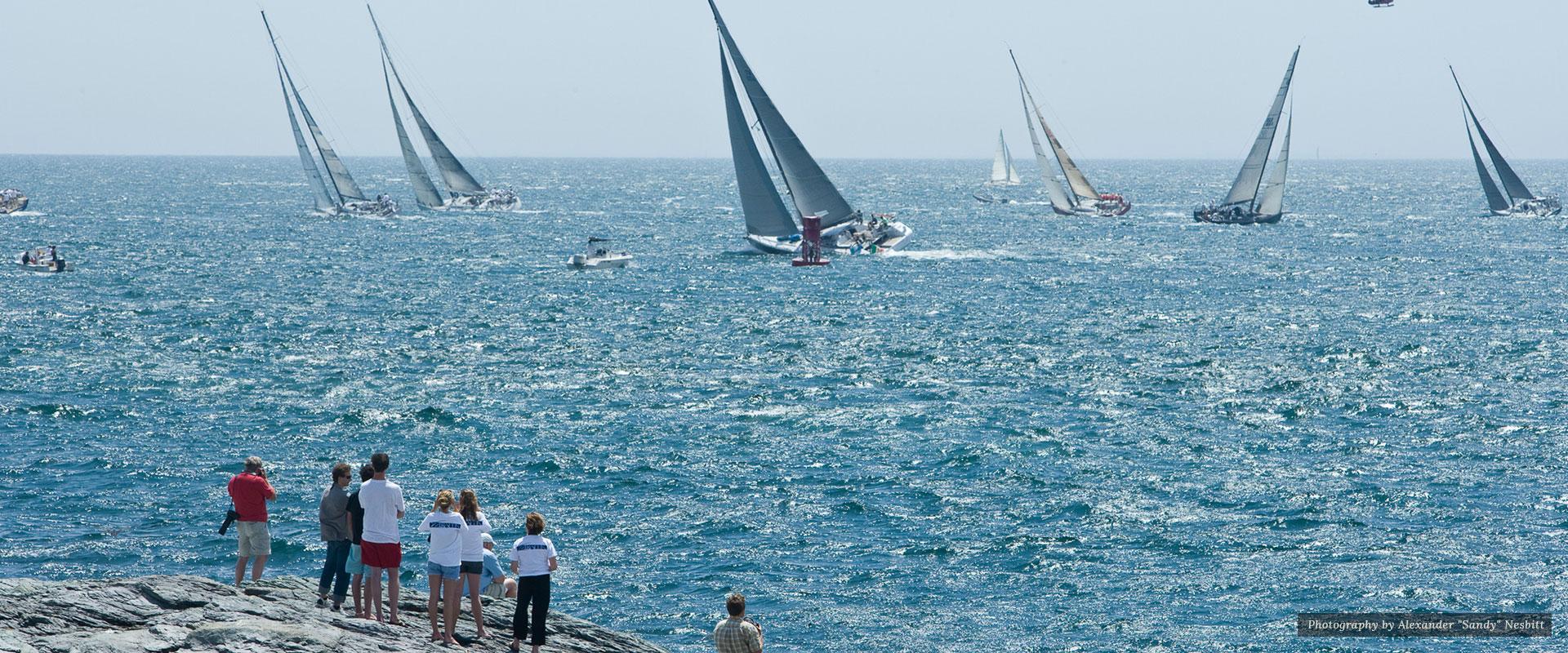 People watching yacht | Newport Inns of Rhode Island