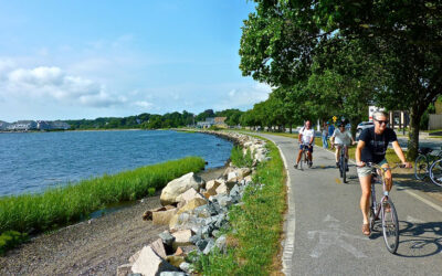 See the Best of Newport on a Bicycle