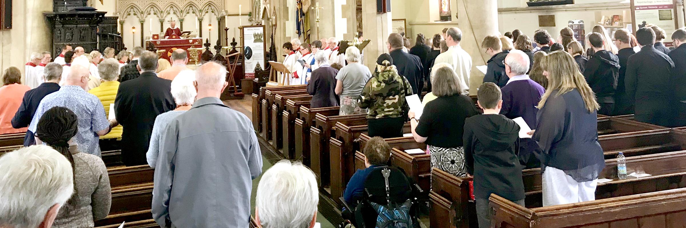 Sunday morning worship (Photo Credit: James Bremridge)