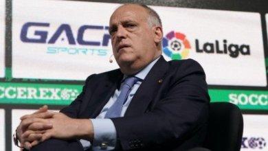 Photo of رئيس رابطة الليجا يسخر من تركي آل الشيخ ويهاجم ناصر الخليفي