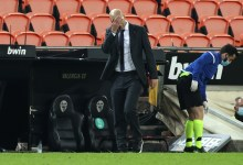 "Photo of زيدان يدافع عن فريقه: ""أنا المسؤول عن خسارة ريال مدريد""."