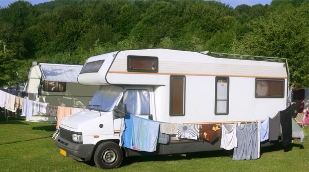 comment assurer un camping car. Black Bedroom Furniture Sets. Home Design Ideas
