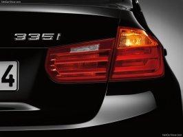 BMW-3-Series_2012_800x600_wallpaper_65