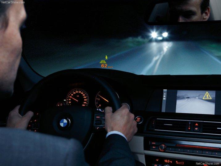 BMW-5-Series_2011_20