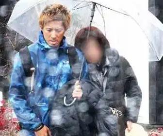 【画像あり】 石垣島キャンプ中に・・・ロッテ捕手(細川亨)、嫁を陸上選手(藤光謙司)に寝取られる