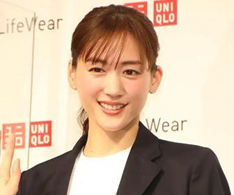 【画像あり】国民服『ユニクロ』は綾瀬はるかが着てもダサいのか?