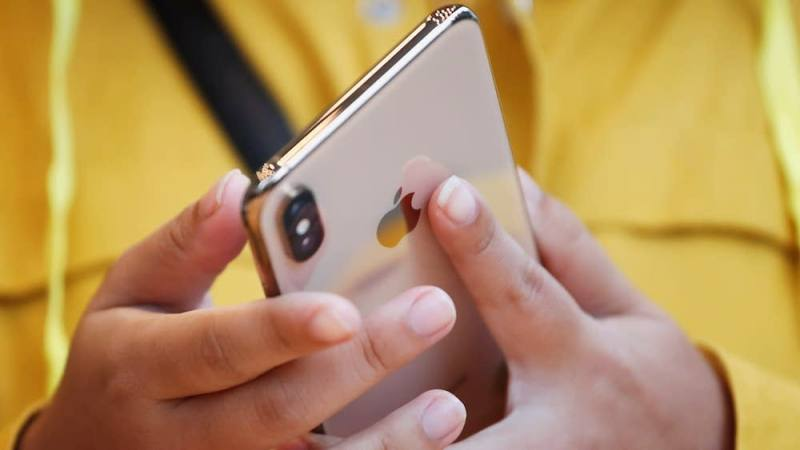 Apple пошла против себя, чтобы нарастить продажи iPhone