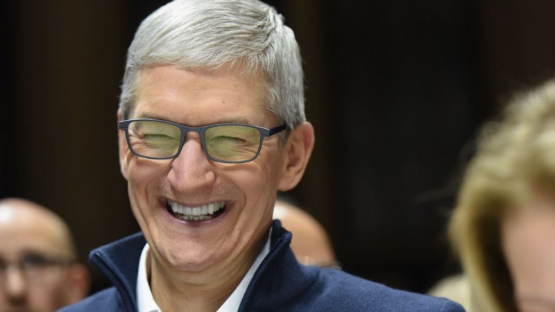Как Apple обошла запрет на продажи iPhone в США