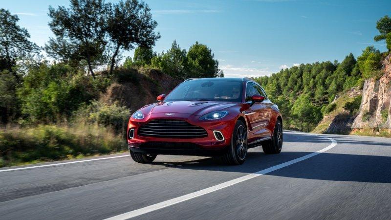 Объявлены украинские цены на первый кроссовер Aston Martin