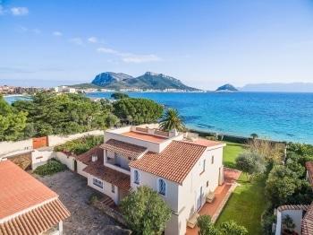 Comprare e affittare casa a Porto Cervo