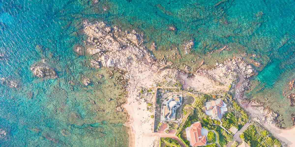 Le più belle 11 ville di lusso in vendita al mare in Sardegna