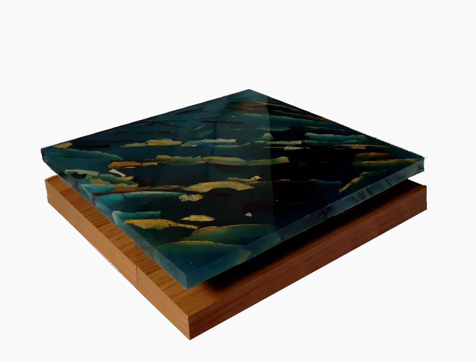 Far from The Forest, Alessandro Lobino – Scultura – Resina e Pane su Legno
