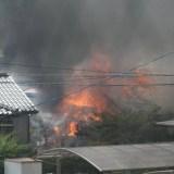新潟県三条市荻島付近で火災