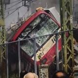 神奈川新町駅と仲木戸駅の間にある踏切でトラックと電車が接触