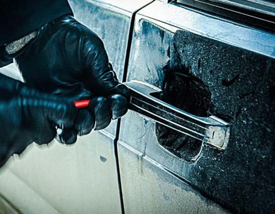 В Нефтекумском округе установлен подозреваемый в угоне автомобиля