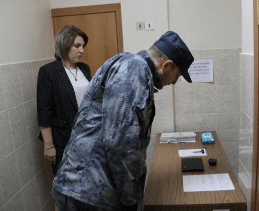 На Ставрополье в рамках общественного контроля общественники посетили отделы органов внутренних дел и изоляторы временного содержания