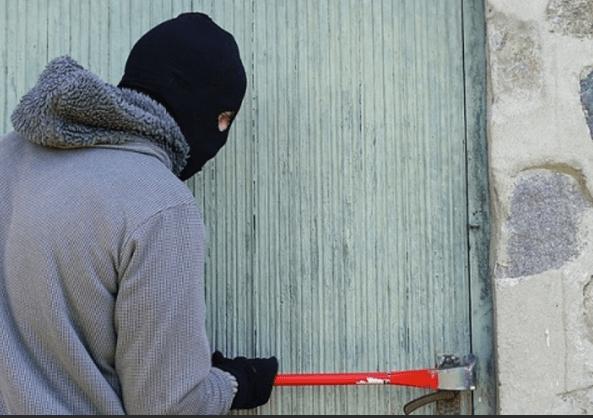 В Ессентуках раскрыли кражу из домовладения