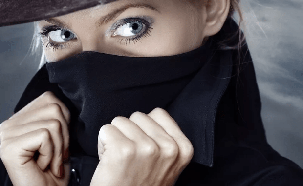 В Севастополе задержали девушку за шпионаж для Украины