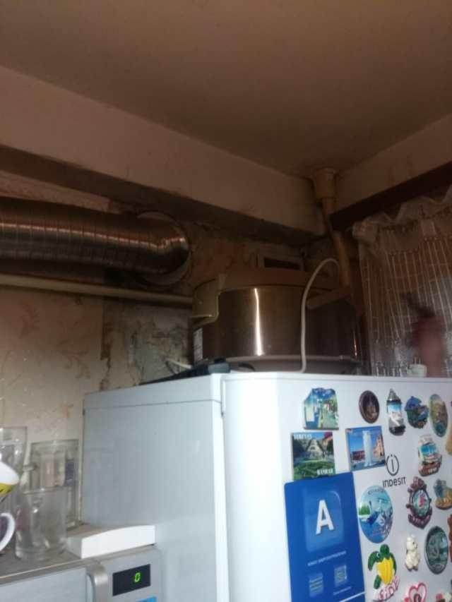 Трое взрослых и ребенок отравились угарным газом в Ростове