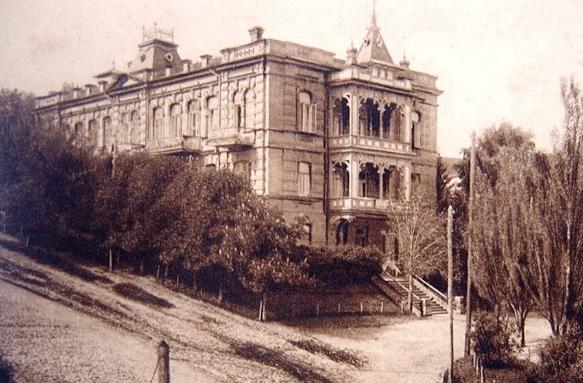 В Кисловодске возрождают старинный особняк на Каскадной лестнице