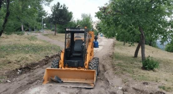 Развороченную тяжелой техникой гору в Пятигорске оставят как есть
