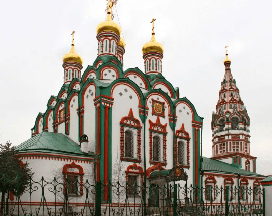 Неизвестный напал на прихожан в московском Храме Святителя Николая