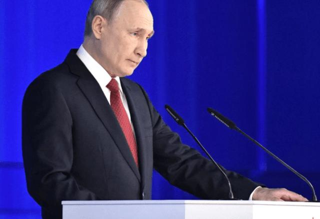ВЦИОМ: 41% граждан России точно планируют принять участие в голосовании по поправкам в Конституцию