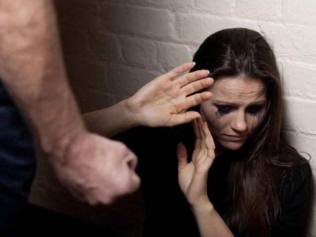 Похищенную невесту избивал и требовал с нее денег альфонс во Владикавказе