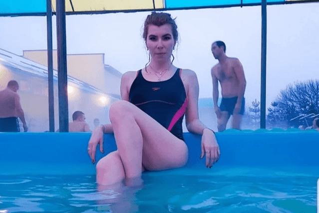 Поэтесса из Ставрополя оскорбила ребенка - инвалида в аквапарке Нефтеюганска