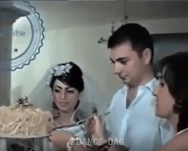 Веселый жених ткнул свою невесту лицом в торт в Махачкале