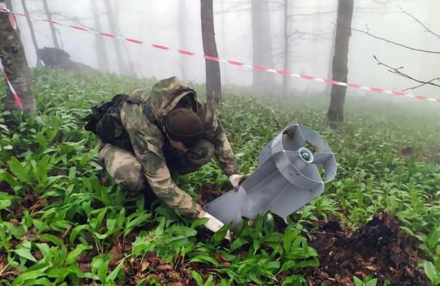 В горах Чечни обезвредили две авиационные бомбы