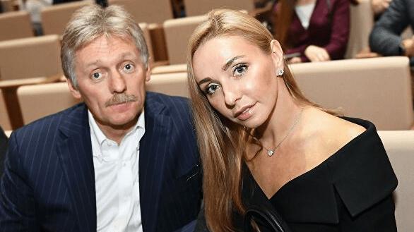 Татьяна Навка вылечилась от коронавируса, Дмитрий Песков пока остается в больнице
