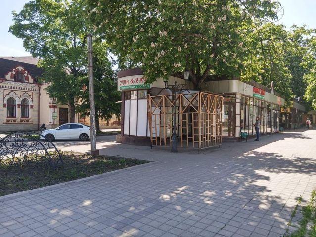 Незаконно построенное кафе «Суши Хаус» обязали снести в Пятигорске