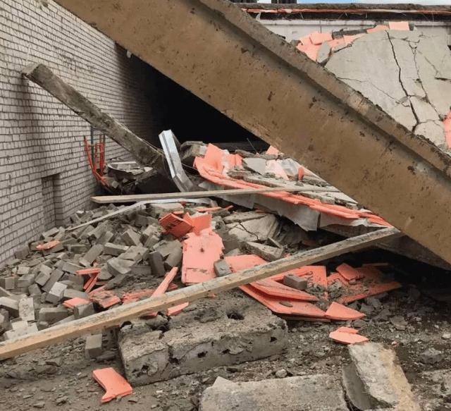 На стройке торгового центра в Кировской области обрушились перекрытия