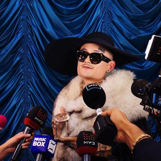 Премию «Женщина года» получил популярный рэпер Моргенштерн