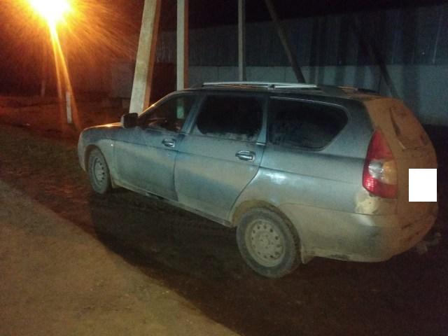 Ребенок на отцовской машине врезался в столб на Ставрополье