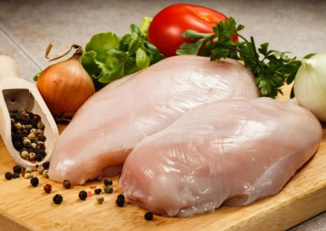 «Ставропольский бройлер» заплатит штраф за антибиотики в мясе