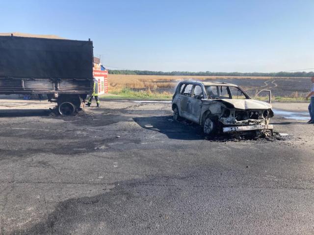 ДТП спровоцировало возгорание на поле в Ставропольском крае