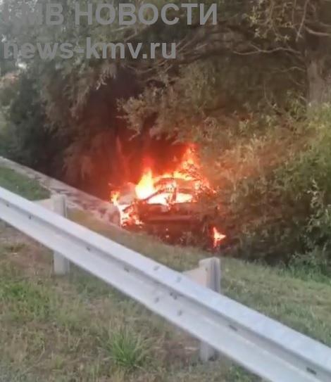 Водитель заживо сгорел в машине на Ставрополье