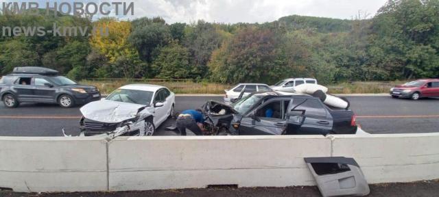Два человека пострадали в аварии в Предгорном округе
