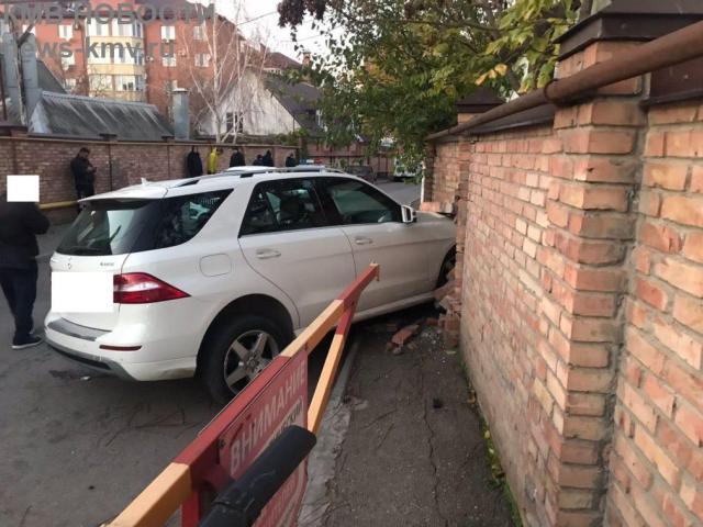 Жительницу Пятигорска сбил пожилой водитель